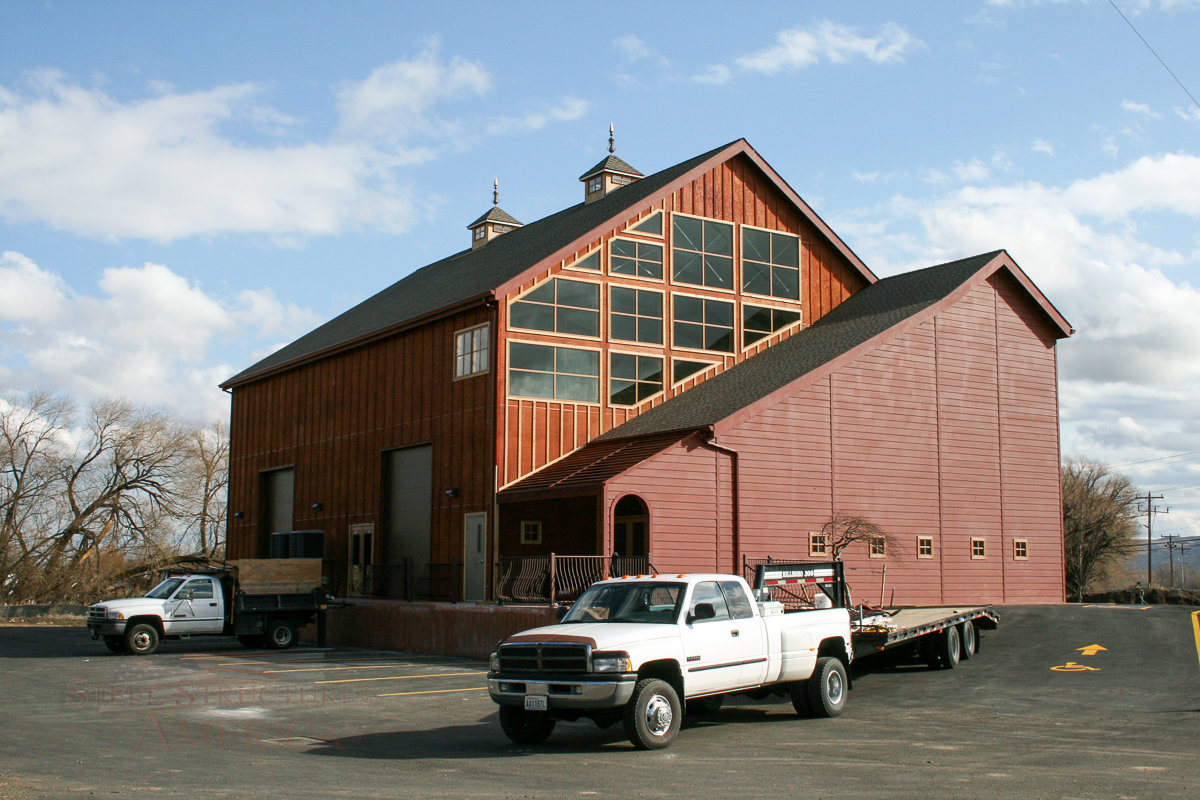3753 – Bottle of Grapes Winery-01