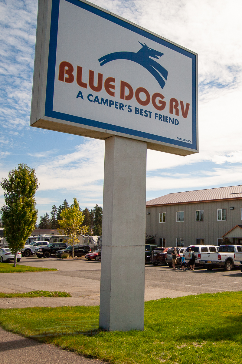 5672 – Blue Dog RV pole building office and showroom-1